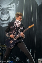 2013-09-21-the-hives_08