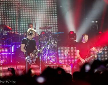 Nickelback rockten das ausverkaufte Hallenstadion (Sacha Saxer)