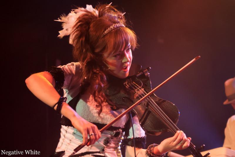 Lindsey Stirling - das Multitalent (Bild: Matthias Hoffmann)