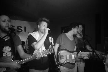 Viel Musik auf kleinstem Raum – Undiscovered Soul in der Bar Rossi (Sacha Saxer)