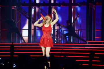 Eine gute gelaunte Kylie Minogue begeisterte in Zürich. (Foto: Sacha Saxer)