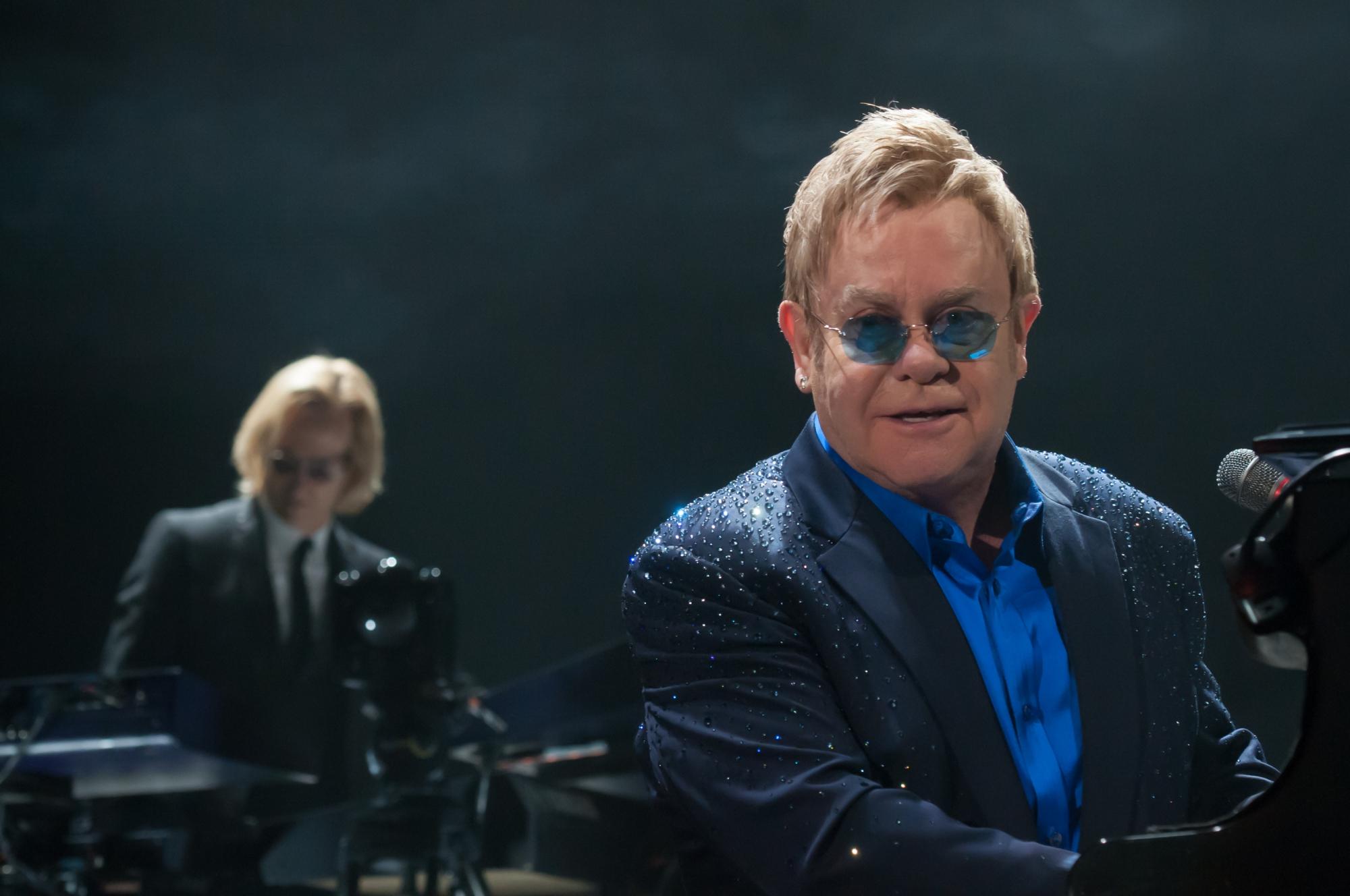 Elton John berührte im Hallenstadion (Foto: Matthias Hoffmann)