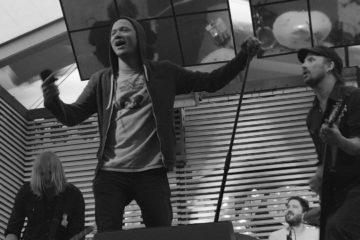 Danko Jones am Karaoke from Hell im RCKSTR Block am Greenfield (Foto: Sacha Saxer)