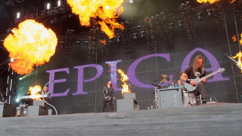 Epica am Wacken Open Air 2015 (Foto: Sacha Saxer)