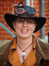 Leidenschaft für Steampunk: Die Autorin Anja Bagus